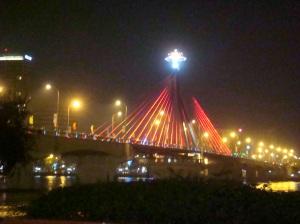 Cầu Sông Hàn (Han River Bridge)